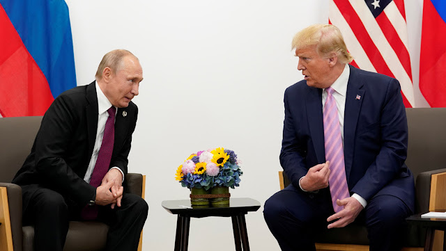 """Putin ofrece a Trump ayuda médica para frenar """"la grave situación epidemiológica"""" en EE.UU. y él la acepta """"con agradecimiento"""""""