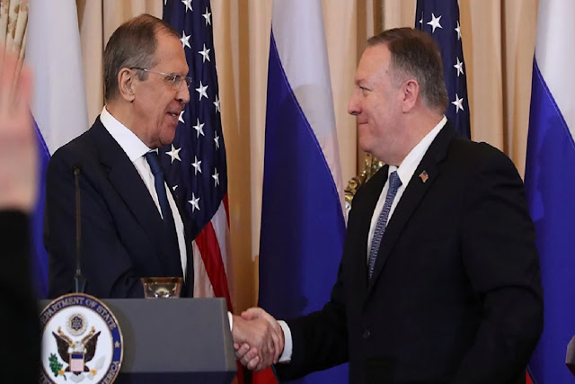 Pompeo pide a Rusia apoyar legitimidad de Guaidó pero Lavrov habla de diálogo