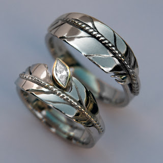 ZhaawanArt wedding rings