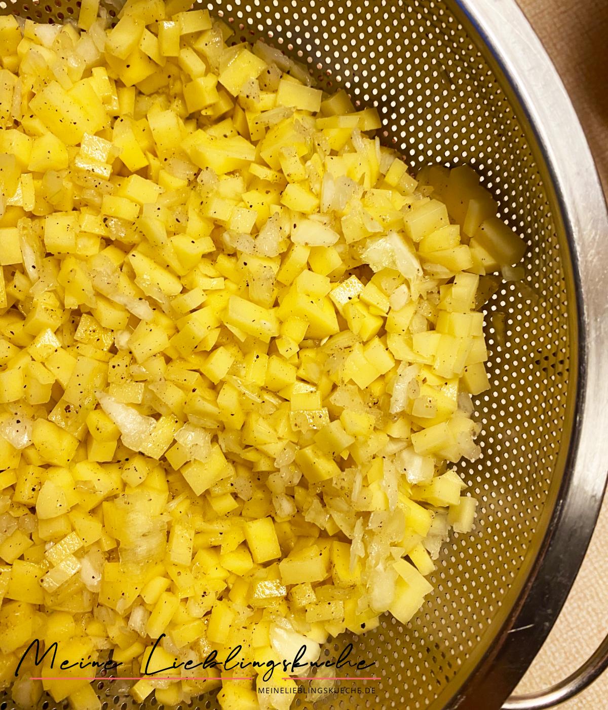Kartoffelfüllung für russische Manty mit Kartoffelfüllung