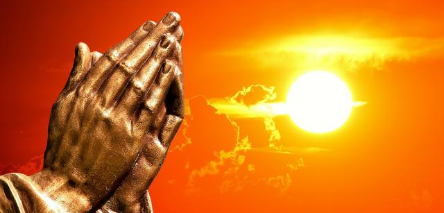 How to Pray? Complete Definition of Pray (With Examples)