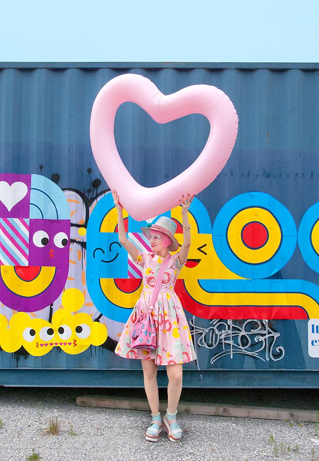 Swissfashionblogger, pink summer look, wayuu fashion