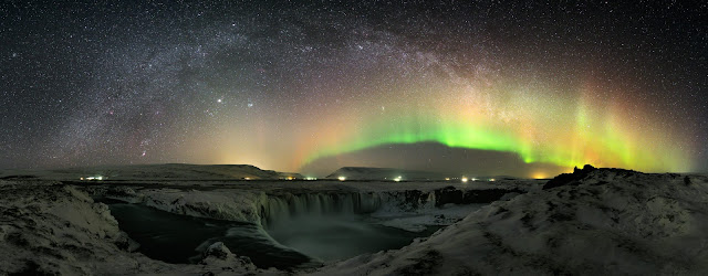 Aurora and the Milky Way Galaxy over Iceland