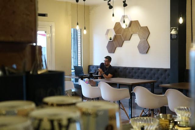 Homi Coffee and Space, Konsep Bekerja Senyaman di Rumah
