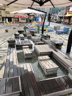 越後湯沢駅前の足湯