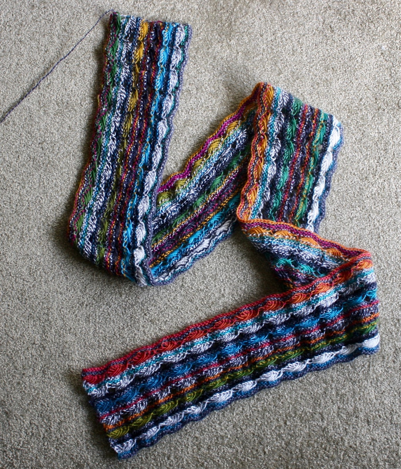 Cross Stitch Knitting Pattern Scarf : QueerJoes Knitting Blog: The Season is Upon Us