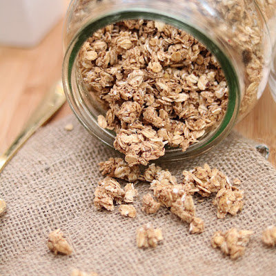 Easy Granola Recipe for Weekend 1