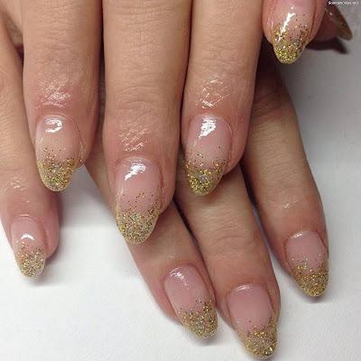 Uñas de Novia con Dorado