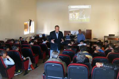 Πραγματοποιήθηκε στο Πολυκέντρο Σούδας ενημερωτική ημερίδα με θέμα τους νέους κανονισμούς ποδοσφαίρου και αθλητικής συμπεριφοράς από το Εκπαιδευτικό Τμήμα της Επιτροπής Διαιτησίας της ΕΠΣΧ