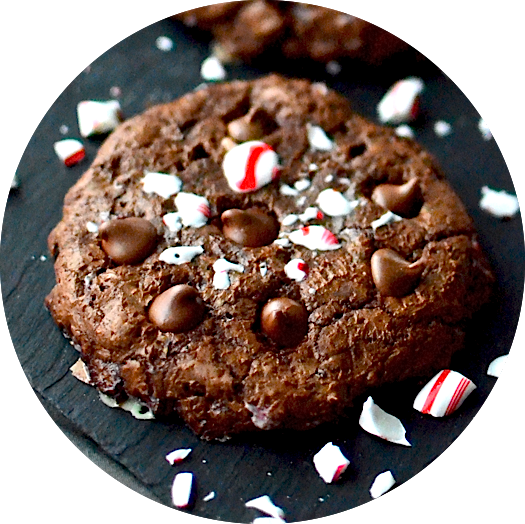 http://www.yammiesnoshery.com/2014/12/candy-cane-crunch-brownie-cookies.html
