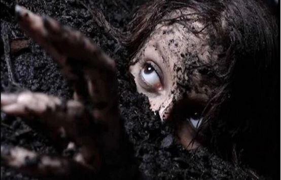 Невероватно чудо: Девојчице нашли живе после 15 дана од њихове сахране