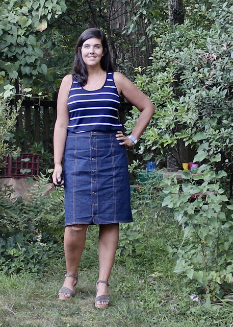 Itch to Stitch Lago Tank pattern review by the Itinerant Seamstress.