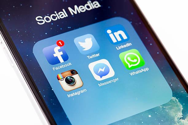 jualan di facebook dan instagram