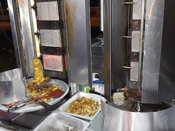 Shawarma Tepi Jalan Pun Sedap
