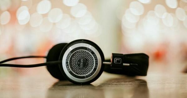 hindari mendengar lagu
