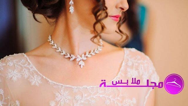 10 نصائح لاختيار قلادة الزفاف الصحيحة في عام 2020