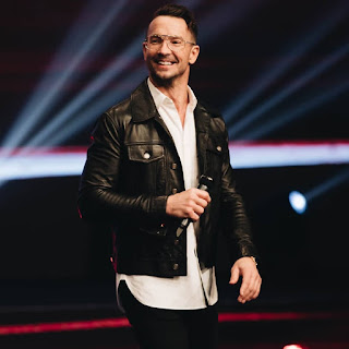 """Hillsong Influencial And One Time Justin Bieber Spiritual  Confidant,Carl Lentz Fired Due To """"Moral Failure"""""""