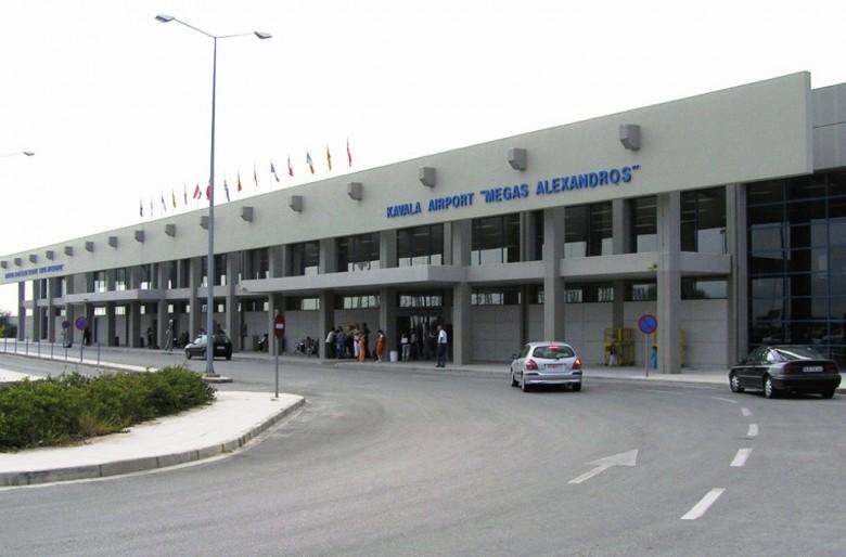 Ερήμωσαν τα περιφερειακά αεροδρόμια - Πτώση -74% στην Καβάλα