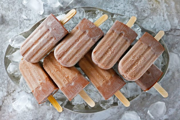 #recipes; homemade adult popsicles made with Nutella and bourbon.