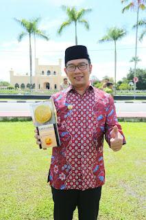 Ridwan Kamil dan Piala Adipura 2016