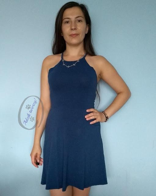 Przeróbka sukienki z rękawami DIY bez szycia - Adzik tworzy