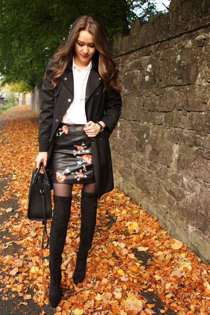 outfit, skirt and over knee boots, high heeled boots