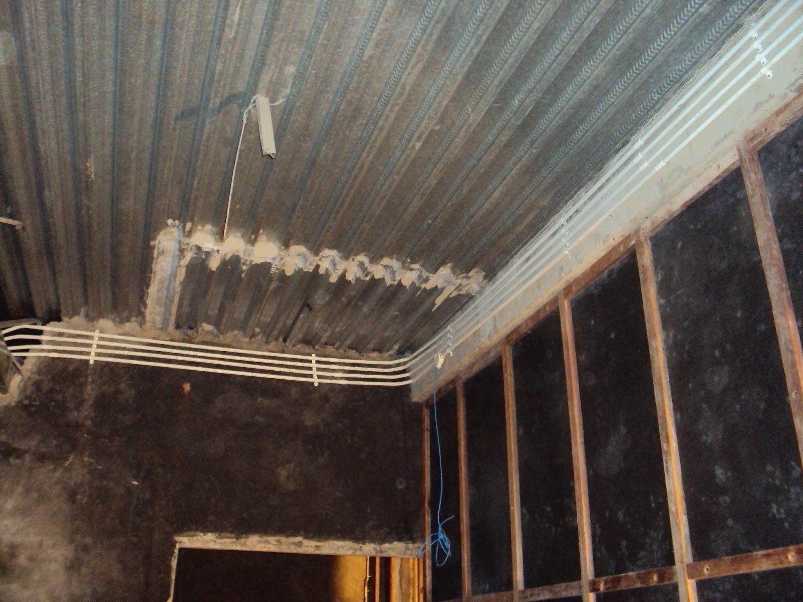 Kerusakan Instalasi Listrik Di Musim Penghujan Wiring Diagram Gedung Pada Waktu Hujan Kami Saran Kan Untuk Rumah Yang Berada Teraspekarangan Atau Taman Harus Pastikan Tidak Terkena Tetesan Air