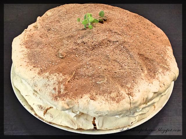 Tort bezowy Dacquoise / Dakłas