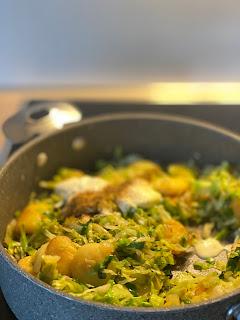Katis Rezeptgeschichten Pasta mit Spinat und Gambas, Essen macht glücklich, Essen zur Corona Krise, Corona