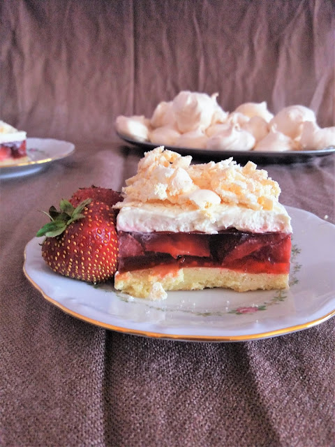 Truskawkowa Chmura / Strawberry Cloud Shortcake