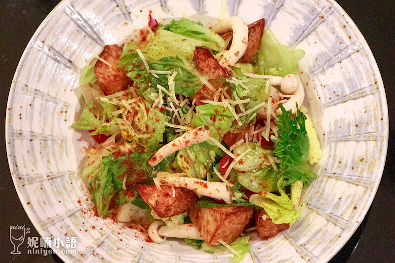 【東區美食】Hush Taipei 餐酒館。小資族必訪!網美特色酒吧