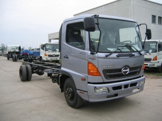 Xe tải Hino FC 6,4 tấn