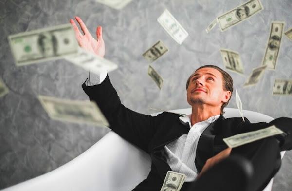 Как заставить деньги работать на вас? Лучшие инвестиции 2021 года