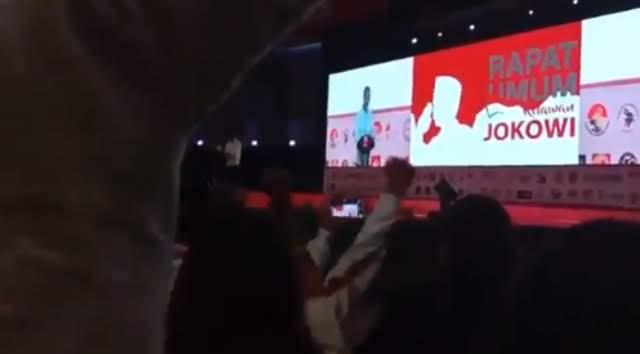 Video Pidato Jokowi Minta Relawan Berani Kalau Diajak Berantem Beredar di Medsos