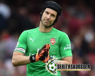 Profil Petr Cech, Kiper Yang Pernah Menjadi Penyerang