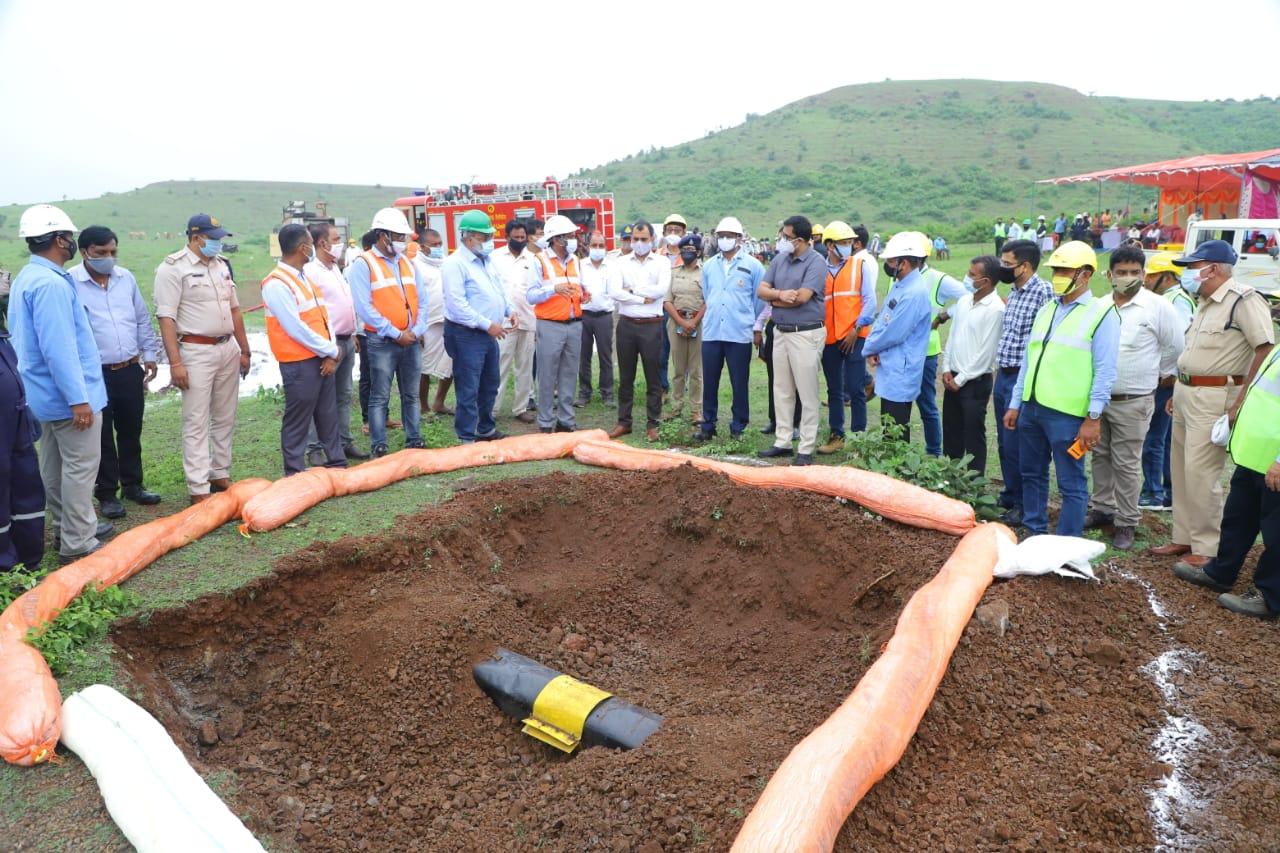 भारत ओमान रिफाईनरीज लि. द्वारा ग्राम रलियावन में ऑफ साईड मॉक ड्रील की गई