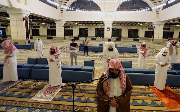 Saudi Arabia closes 32 Mosques after Coronavirus cases surge
