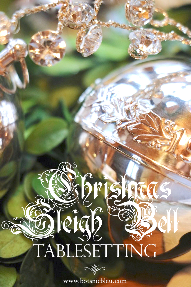 christmas-sleigh-bell-tablesetting
