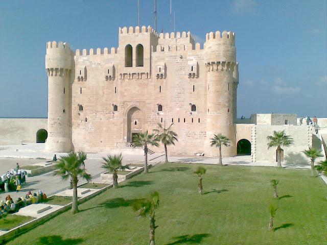 قلعة قايتباي بمدينة الإسكندرية