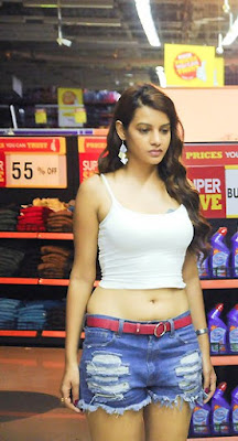 Maya Mall - Telugu Movie Navel Still