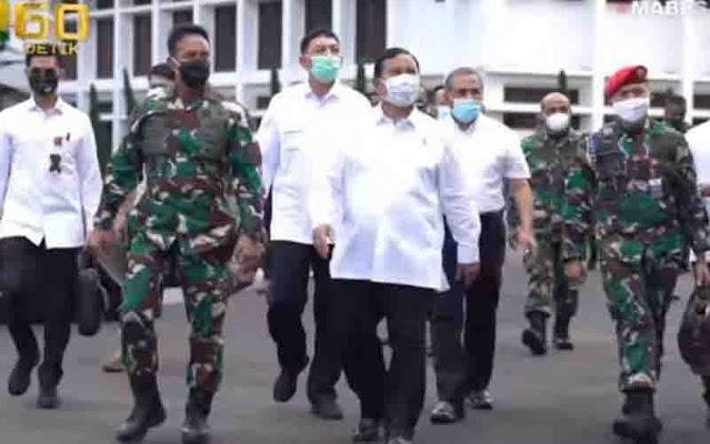 Menhan Prabowo Subianto Paparkan Revisi Doktrin TNI AD di Mabesad