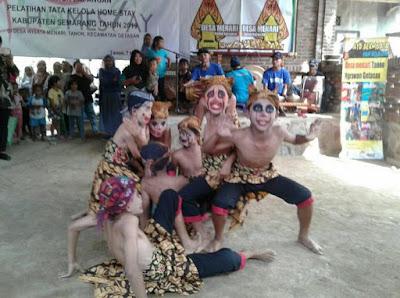 Desa Menari Tanon Ngrawan