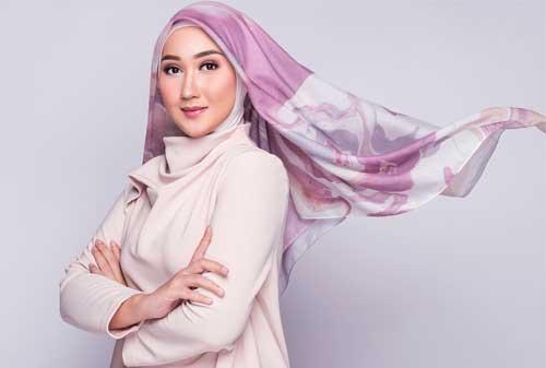 Bosan Dengan Gaya Hijab Yang Itu-itu Saja? Ini Dia Model Terbaru Yang Wajib Kamu Coba