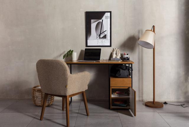 Ragam Meja Kantor Model Terbaik Minimalis untuk Hiasi Ruang Kerja
