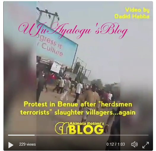 Watch Video...Protesters Blocks Enugu-Makurdi Highway Till President Buhari Stops Fulani Herdsmen [VIDEO]