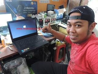 Service ic Power Laptop Lenovo G40 No Display