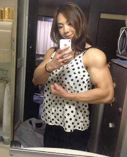 Top 5 The beautiful woman with muscles : 4 - Yeon Woo Jhi (Korea)