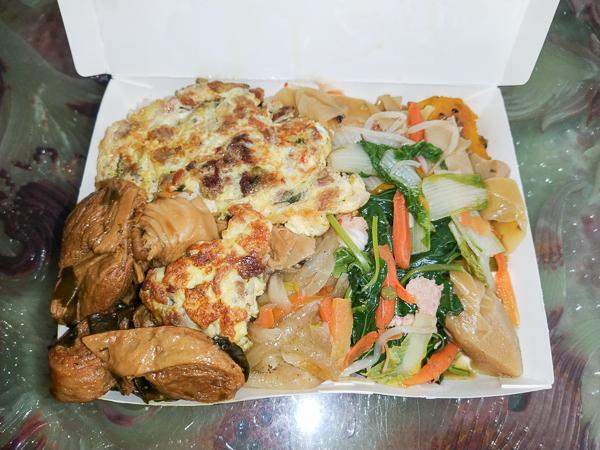 台中大里蕭媽媽素食自助餐古早味美食,隱藏在巷弄有媽媽的味道