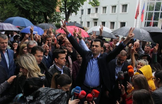 Albanian Opposition back on the road protesting; the Parties away from the dialogue