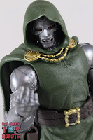 Marvel Legends Doctor Doom 28